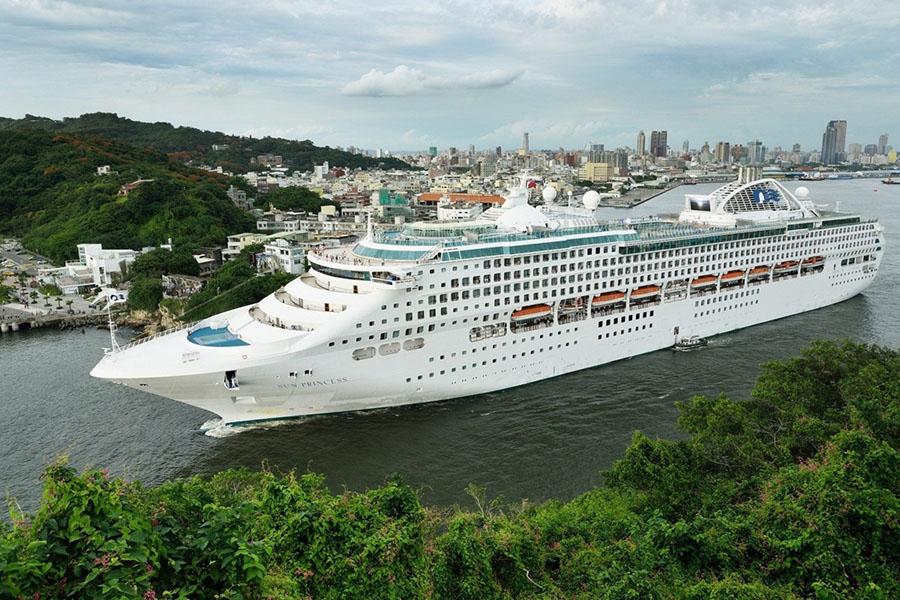 Yacht Cruise Salal PG-200